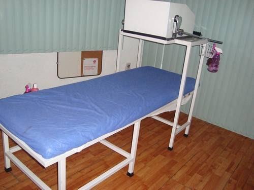 cama para masajes azul